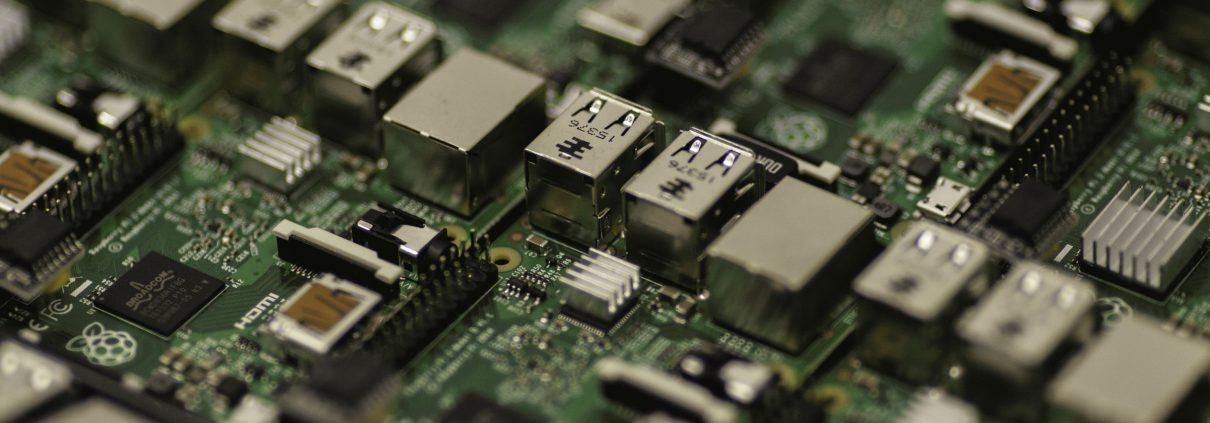 Prüfung elektronischer Komponenten im Zahlungsverkehr