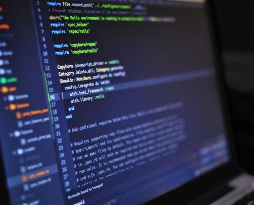 Bildschirm mit Coding-Beispiel